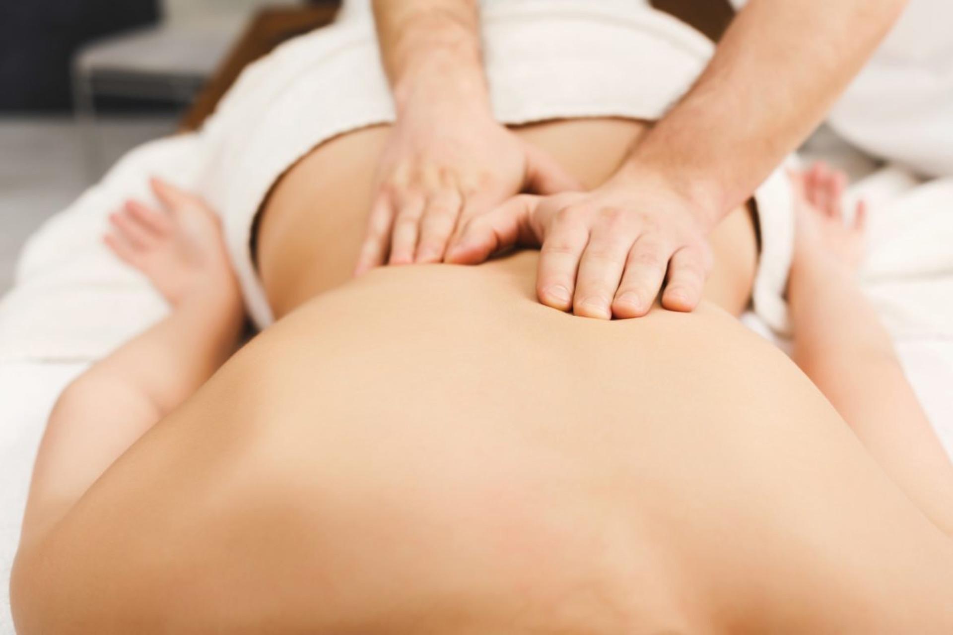 Mal di schiena e dolore cervicale? Grazie alla fisioterapia si può evitare la chirurgia