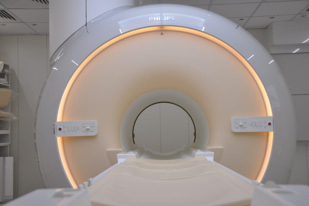 Centro-medico-La-Quintana-Risonanza-Multiparametrica-della-prostata-1.5-Tesla-min